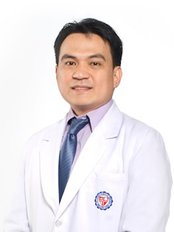 Clarity Aesthetic and Laser Center - Dr. Marlon O. Lajo is a board certified plastic surgeon and a diplomate of Philippine Board of Plastic Surgery.