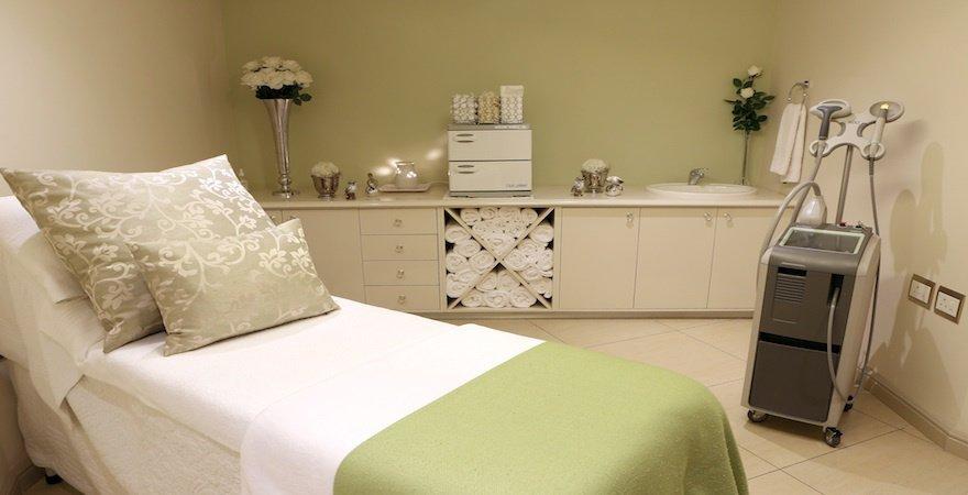 Skin renewal illovo sandton sandton south africa for Beauty treatment room decor ideas