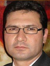 Dr. Conrado Trapero Cirujano Plastico - image 0
