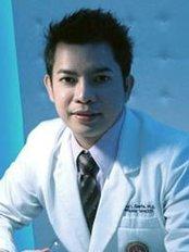 La Estetica Davao - Dr Almond Limson Derla