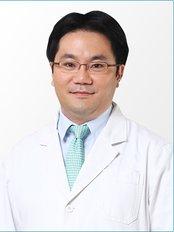 Grand Plastic Surgery - Dr. Sang Wook Ryu