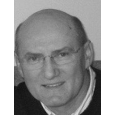 Macquarie Dentists - Dr Elek Kabza