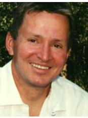 Renew Dental - Dr Keith R. Lawson