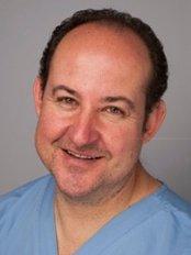 Appledore Dental Clinic - Dr Neale Katz Appledore Associate Dentist