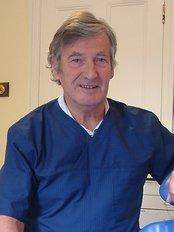 Gwynne Dental - Dr Peter Gwynne