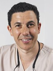 White House Dental Clinic - Richmond - Jason Burns MSc BDS LDS DGDP FICD(GDC 62903)