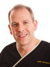 Smile Concepts - Dr Dominic Hassall