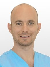 Save on Dental Care - Budapest - Dr Zoltan Nyarady
